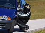 knee drag car